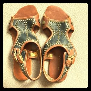 Cynthia Vincent studded sandals!
